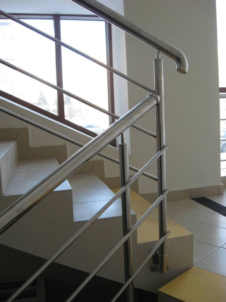 Купить перила и ограждения, поручни для лестниц в Спб